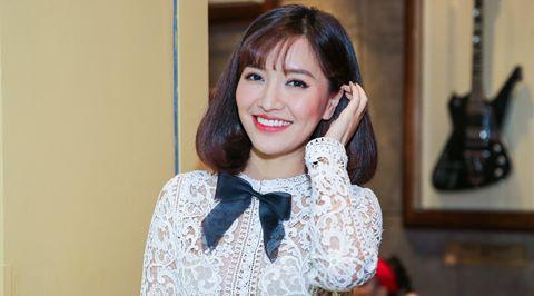 Bích Phương thay Tóc Tiên ngồi ghế nóng Vietnam Idol Kids 2017