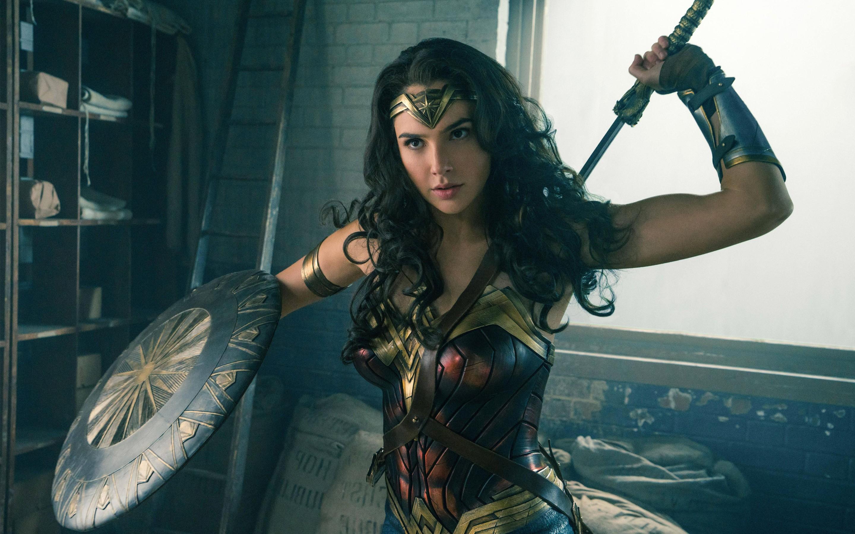 """Mỹ nhân """"Wonder Woman"""" sinh con thứ hai với triệu phú Israel"""