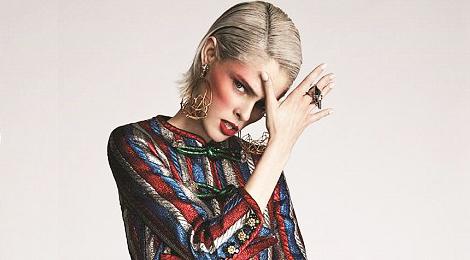Vì sao siêu mẫu Coco Rocha được gọi là nữ hoàng tạo dáng?