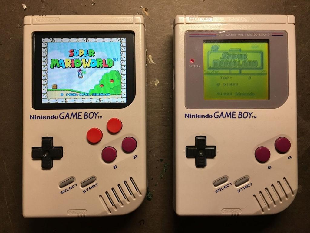 Bản độ Game Boy Nintendo màn hình màu, bốn nút, cấu hình mạnh