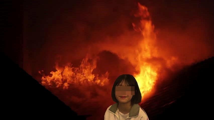 Nữ sinh bị dân mạng chế ảnh vì selfie trước đám cháy