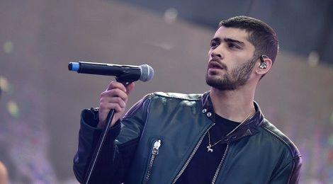 "Zayn Malik tung ca khúc mới sau nhạc phim ""50 sắc thái: Đen"""