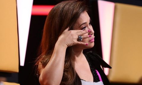 Minh Tuyết khóc nghẹn khi thí sinh 23 tuổi hát về người yêu đã mất