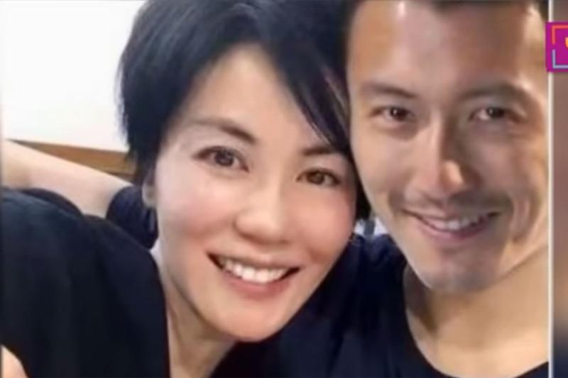 Gia đình ngăn cản Tạ Đình Phong cưới Vương Phi vì Trương Bá Chi