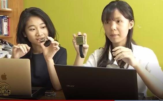 Nữ sinh Hải Phòng sáng chế đồng hồ thông minh giúp người câm điếc