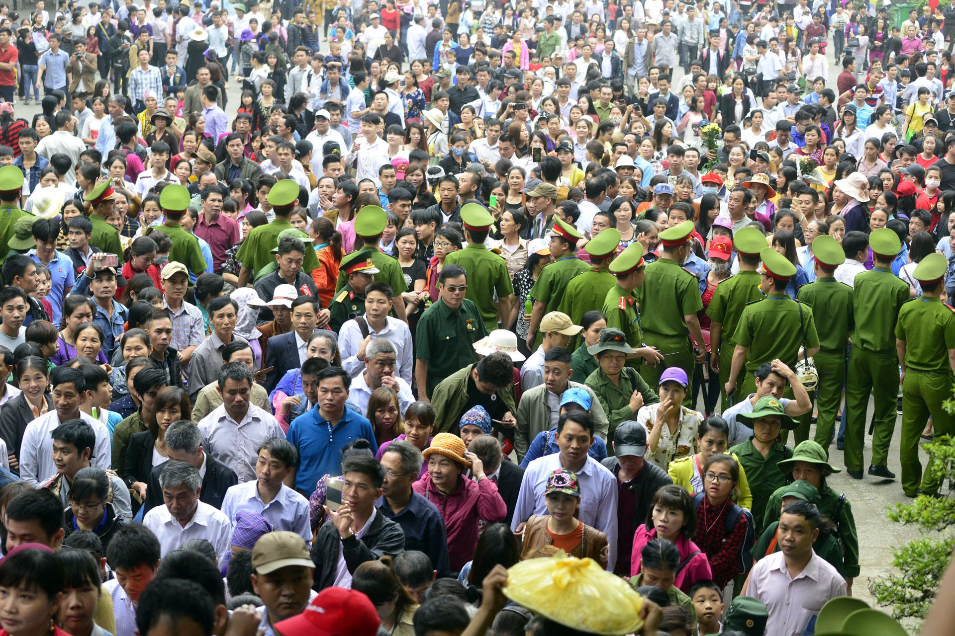 Lập 5 vòng an ninh bảo vệ ở Lễ hội đền Hùng