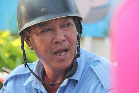 Chú xem ôm bị tai biến và câu chuyện về lòng tốt ở Sài Gòn