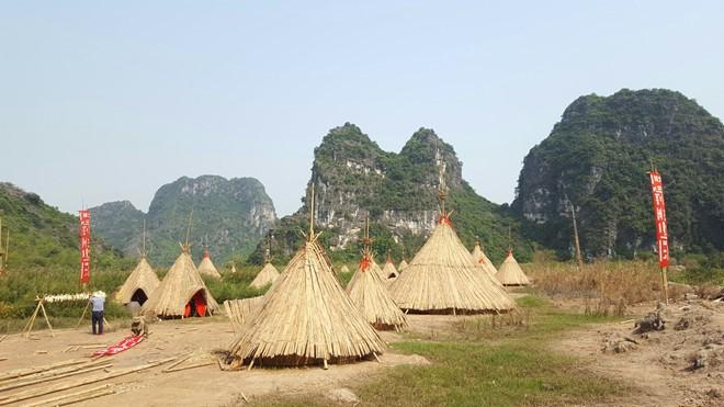 """Ninh Bình phục dựng làng thổ dân trong """"Kong: Skull Island"""""""