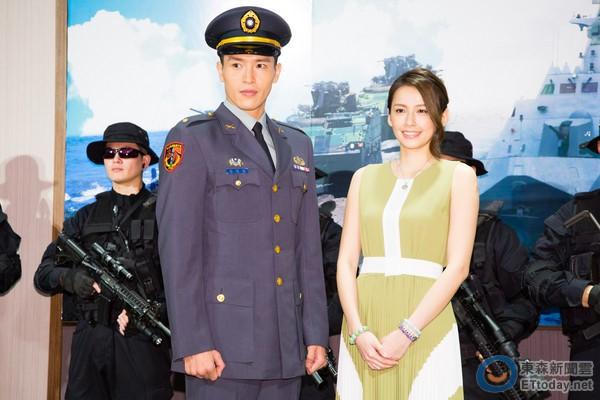 """Dàn diễn viên """"Hậu duệ mặt trời"""" bản Đài Loan hứng nhiều chỉ trích"""