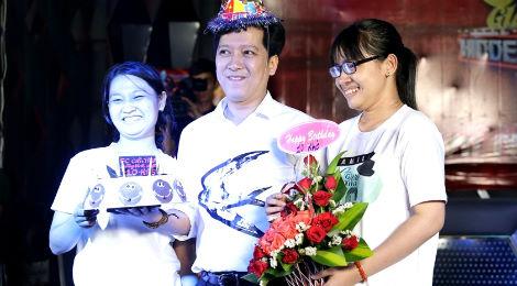 Trường Giang được fan tổ chức sinh nhật 34 tuổi