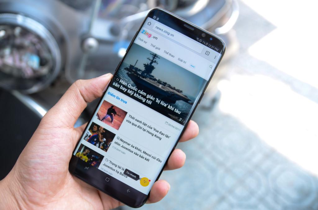 Samsung Galaxy S8+ RAM 6 GB về Việt Nam giá 24,9 triệu