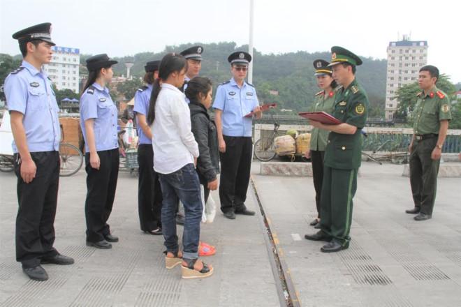 Hai cô gái bị lừa bán sang Trung Quốc được giải cứu