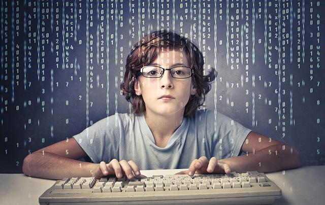 """Giới trẻ đứng trước """"cám dỗ"""" với tràn lan công cụ hack miễn phí trên Internet"""