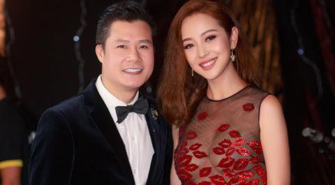 Jennifer Phạm vui vẻ hội ngộ Quang Dũng