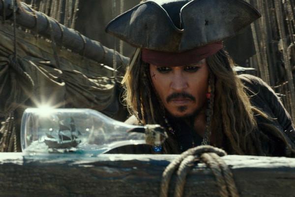 """Johnny Depp là người chờ đợi """"Cướp biển Caribbean 5"""" nhất"""