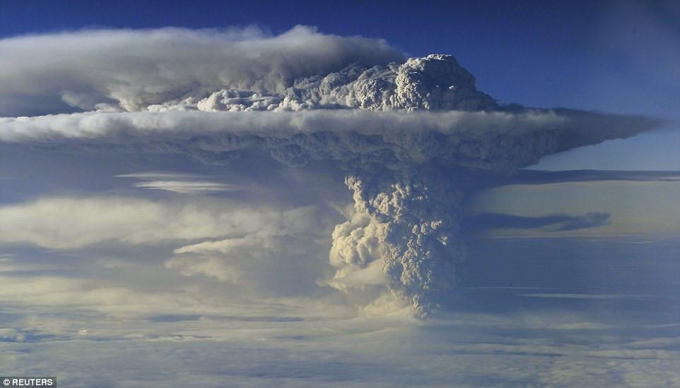 Sức mạnh đáng sợ của thiên nhiên qua những đợt núi lửa phun trào