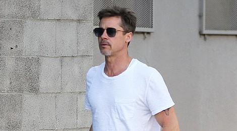 Brad Pitt dần hồi phục sức khỏe nhờ cai rượu