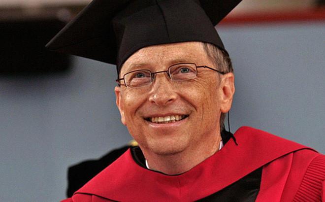 Tâm thư của Bill Gates gửi cử nhân mới ra trường
