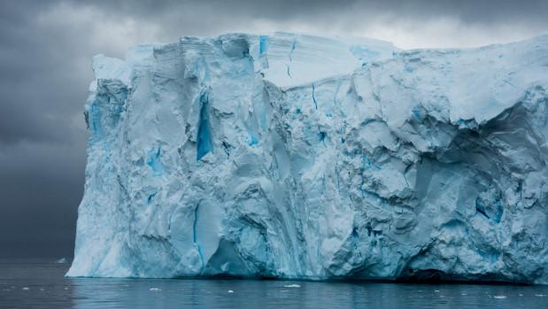 Dubai muốn kéo băng trôi từ Nam Cực về làm du lịch