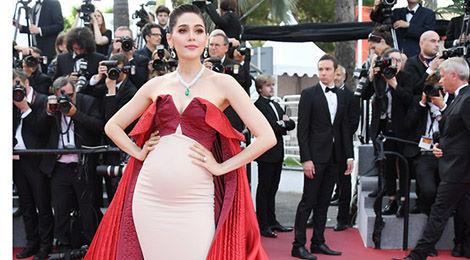 Dàn sao nữ quyến rũ trên thảm đỏ Cannes