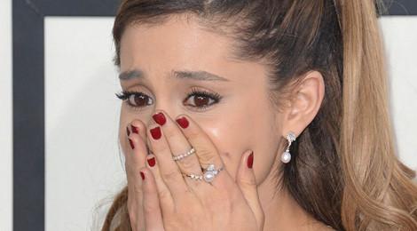 Ariana Grande lên tiếng về vụ nổ bom tại concert