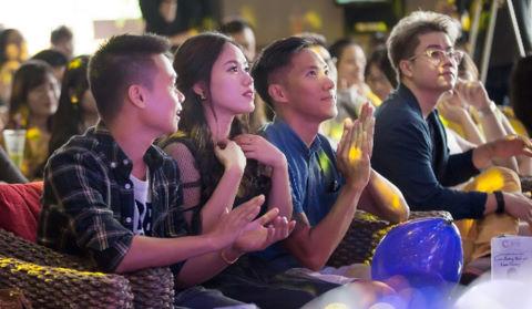 """Clip Thùy Chi, M4U hát """"Mưa"""" hút 1,8 triệu lượt xem sau nửa ngày"""