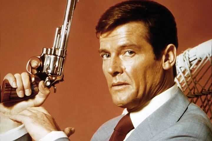 """""""Điệp viên 007"""" Roger Moore qua đời vì bệnh ung thư"""