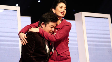 Quang Lê, Ngọc Sơn bật khóc trên ghế nóng Thần tượng Bolero