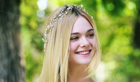 Elle Fanning: Nàng thơ 19 tuổi với nụ cười xinh nhất Hollywood