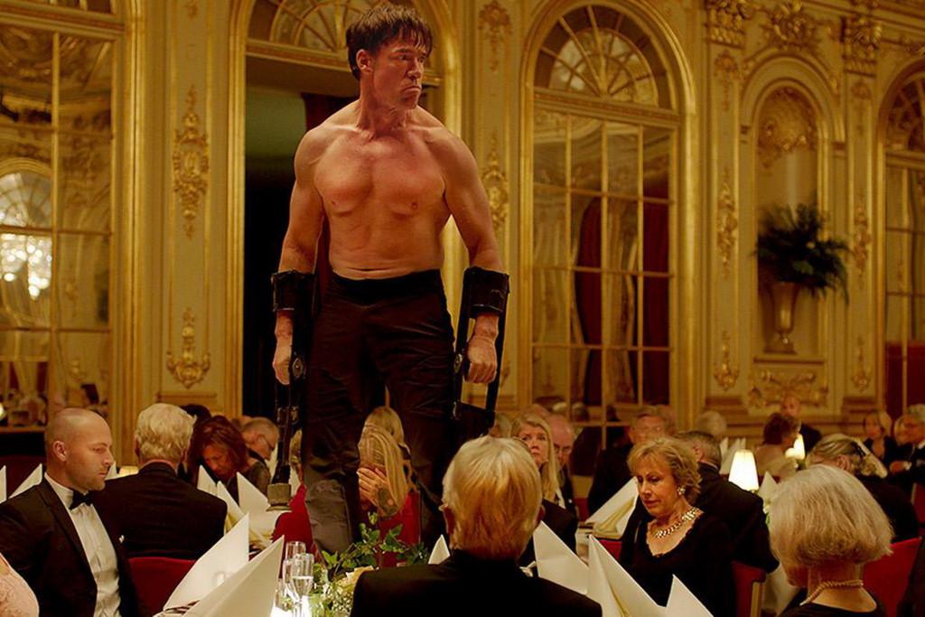 Cannes gây tranh cãi khi trao Cành cọ vàng cho phim hài Thụy Điển