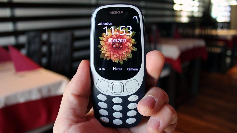 """""""Tôi dùng Nokia 3310 thay smartphone và không muốn quay lại"""""""