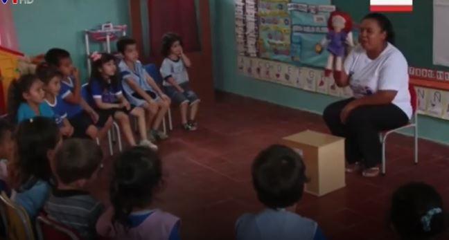 Búp bê chống lạm dụng tình dục ở trường học