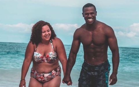 Người vợ khiến những ai chê cô béo, không xứng với chồng phải xấu hổ
