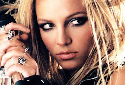 Hacker Nga giấu mã độc trong tài khoản Instagram của Britney Spears