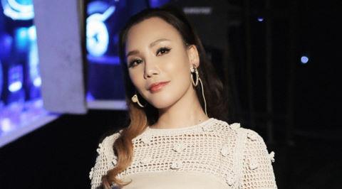 NSX sẵn sàng tung bằng chứng Hồ Quỳnh Hương đòi hủy show vì Hari Won