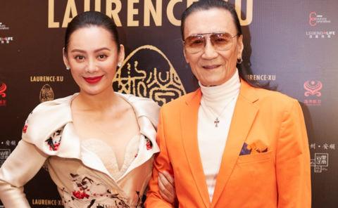 Cha Tạ Đình Phong khó chịu khi bị hỏi dồn về Vương Phi