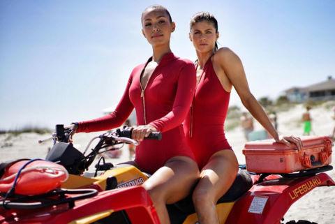 """""""Baywatch"""", """"50 sắc thái"""" lọt top 10 phim tệ nhất nửa đầu năm 2017"""