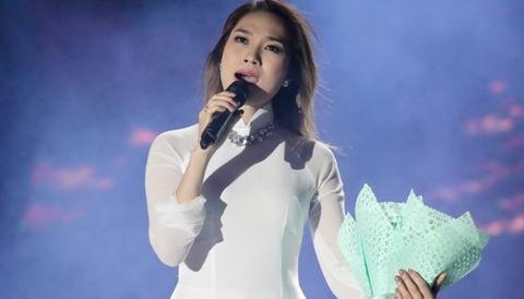 Dàn sao Việt tới Quảng Bình, hát mừng Sơn Đoòng lập kỷ lục thế giới