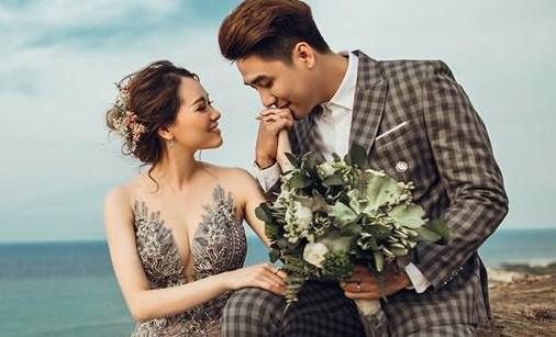 Ảnh cưới ngọt ngào của ca sĩ Huy Nam nhóm La Thăng