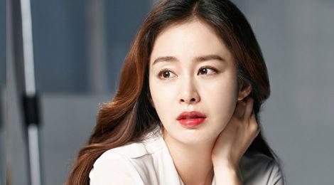 Bà bầu Kim Tae Hee xinh đẹp khi làm mẫu