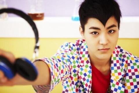 Nam ca sĩ Hàn bị kết án 18 tháng tù vì sử dụng, buôn bán ma túy