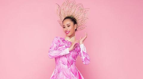 Quốc phục của á khôi Yến Nhi tại Hoa hậu Hữu nghị Asean 2017