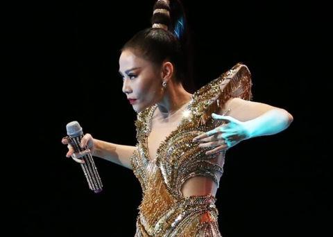 Thu Minh: Diva không ngai hay phượng hoàng hồi sinh từ biển lửa?