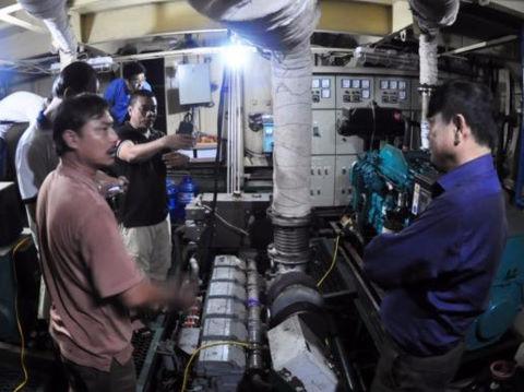 Sai phạm khó tin trong vụ tàu vỏ thép nằm bờ