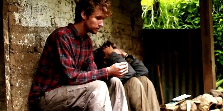 Câu chuyện về hai chàng trai về quê và sống với 22 ngàn đồng/ngày!