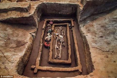 Phát hiện mộ cổ 5.000 tuổi của người cao bất thường ở Trung Quốc