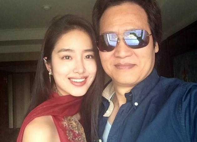 Sao nữ 9X thừa nhận yêu cha nuôi Lưu Diệc Phi
