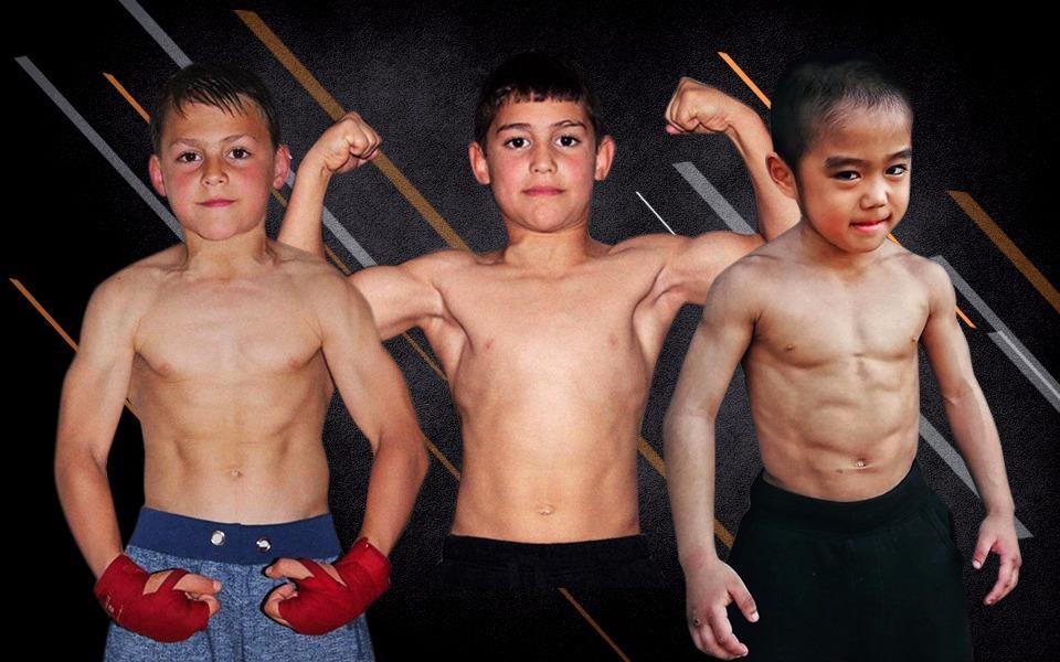 Những cậu bé chưa đầy 10 tuổi đã sở hữu cơ bụng 6 múi