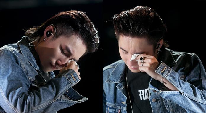 Sơn Tùng bật khóc trước tình cảm của người hâm mộ