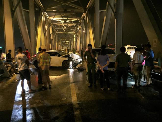 3 thanh niên tử vong sau tai nạn trên cầu Chương Dương